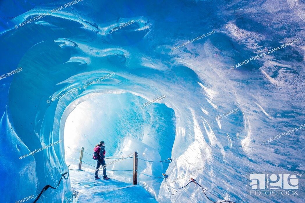 Imagen: Grotte de Glace, Mer de Glace and Montenvers, Chamonix Mont-Blanc, Haure-Savoie, Rhône-Alpes, France.