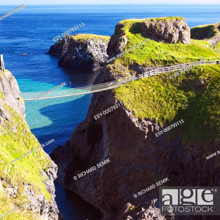 Stock Photo: Carrick-a-rede Rope Bridge, County Antrim, Northern Ireland.