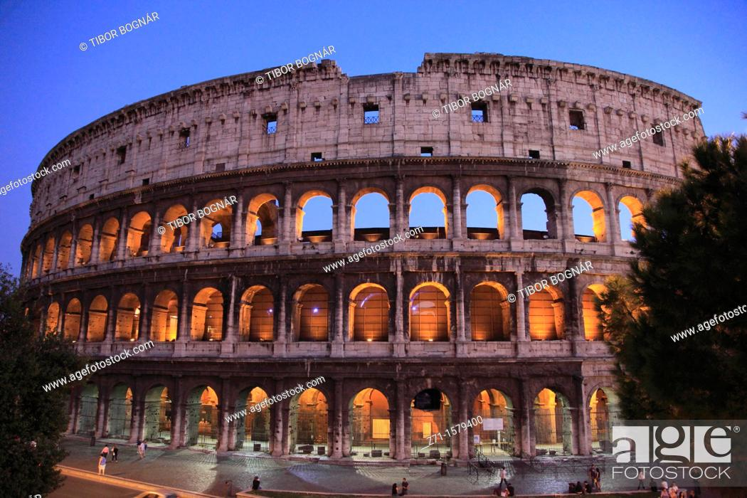 Stock Photo: Italy, Lazio, Rome, Colosseum,.