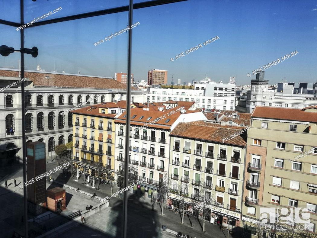 Imagen: View of Madrid from the Reina Sofia museum, Madrid, Spain.