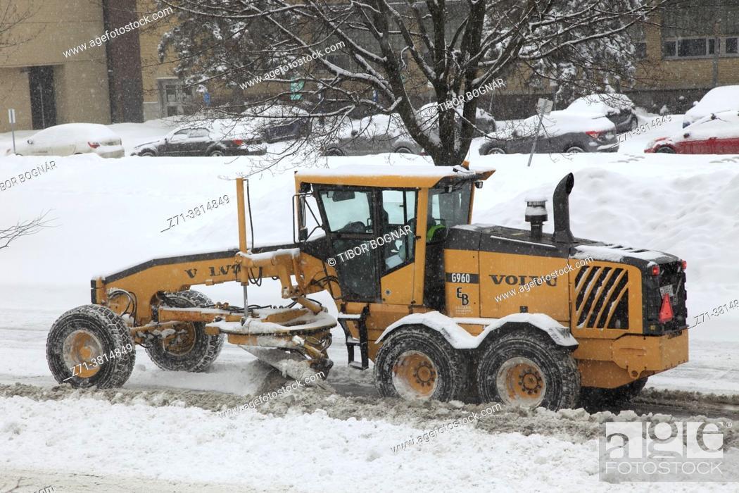 Stock Photo: Snowplow, snow removal, Montreal, Canada, .