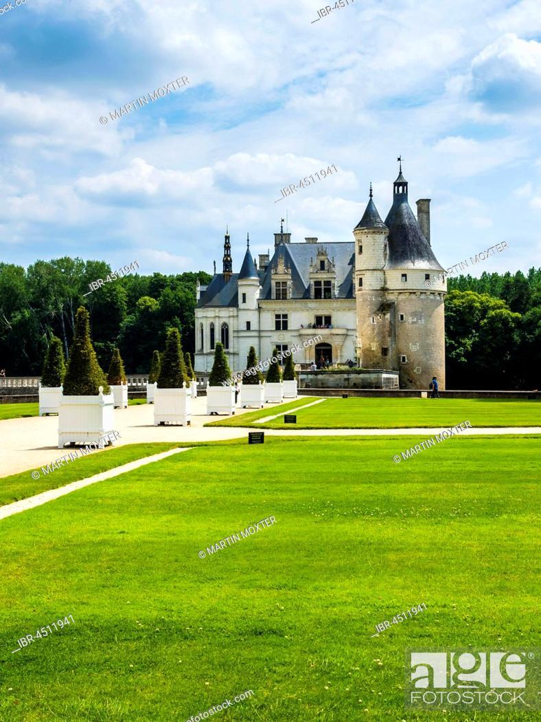 Stock Photo: Castle Chenonceau on the Cher, the Château de Chenonceau, Department Chenonceaux, Indre-et-Loire, Center Region, France.