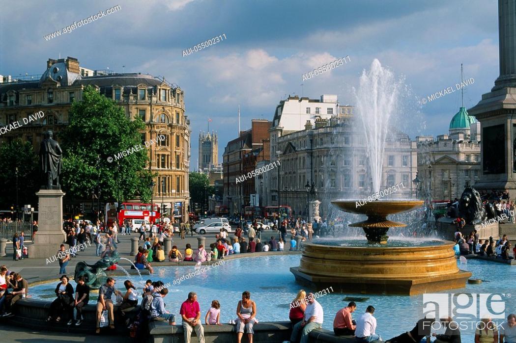 Stock Photo: England - London - St James's district - Trafalgar square.