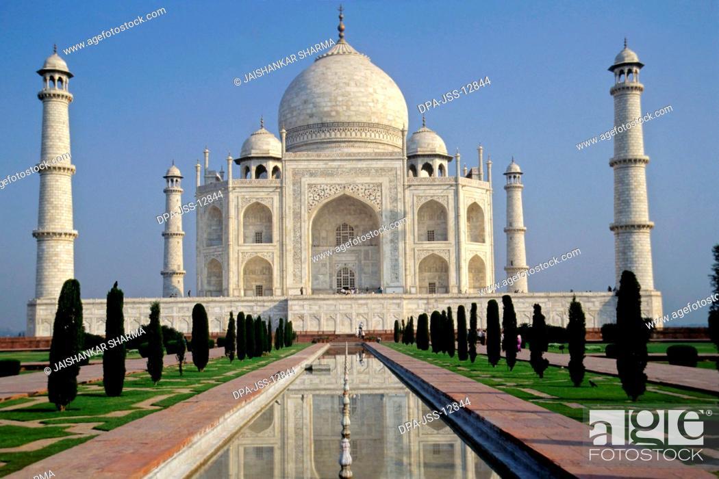 Stock Photo: Taj Mahal, Agra, Uttar Pradesh, India.