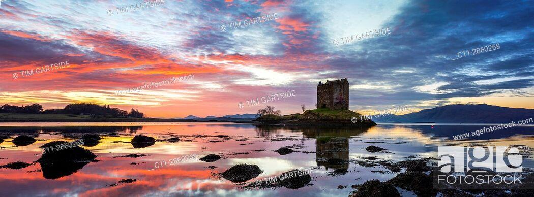 Stock Photo: Castle Stalker, Scottish Castle, Loch Laich, Loch Linnhe, Argyll and Bute, Scotland, uk.