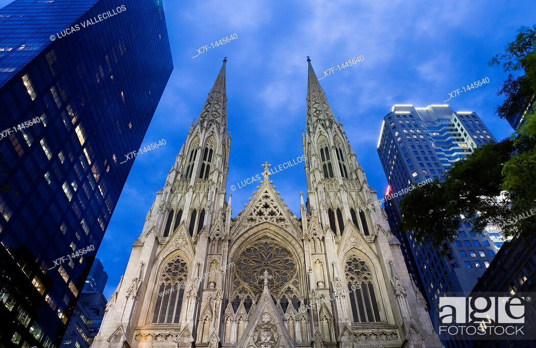 Stock Photo: St Patrick's Cathedral, New York City, USA.