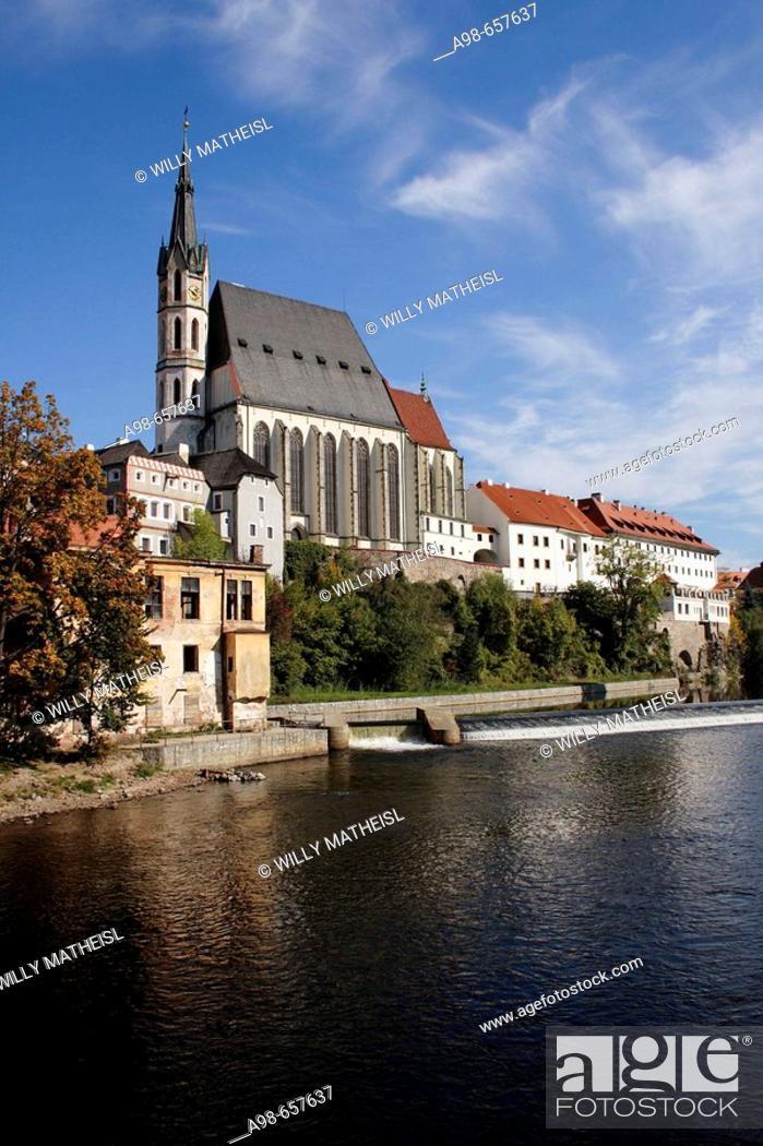 Stock Photo: View of Vltava river and church of St. Vitus, Cesky Krumlov, Czech Republic.