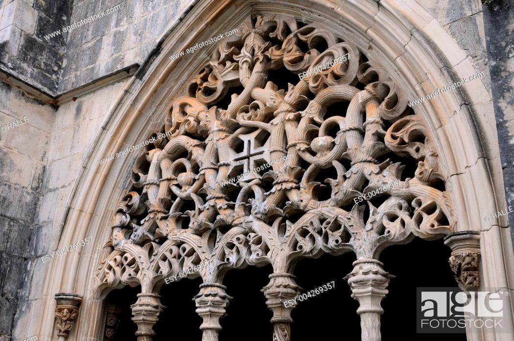 Stock Photo: renaissance cloister of Batalha monastery in Portugal.
