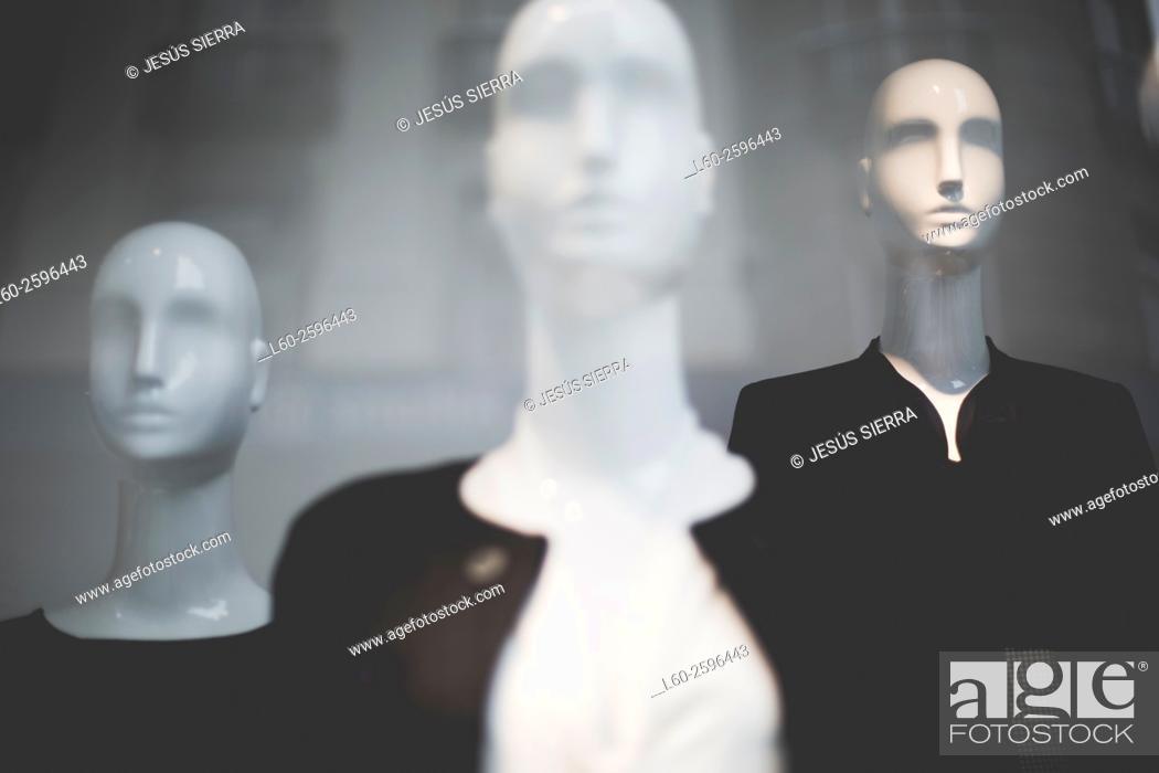 Stock Photo: Mannequins, Shop in La Coruña, Galicia. Spain.