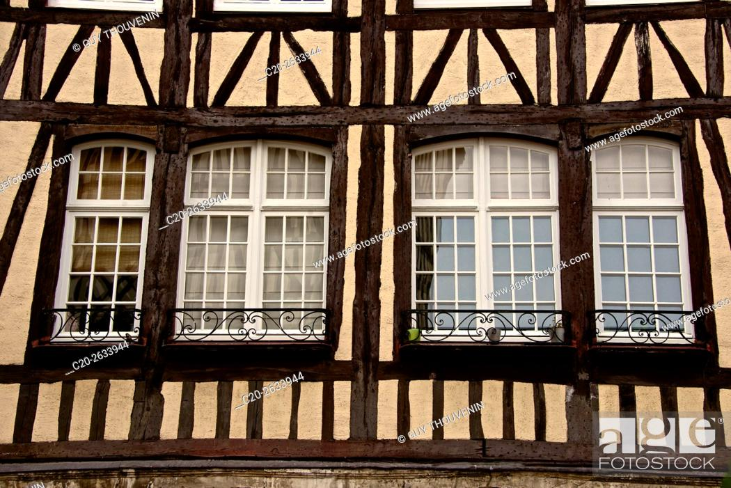 Imagen: half timbered norman facades, Rouen, 76, Normandy, france.