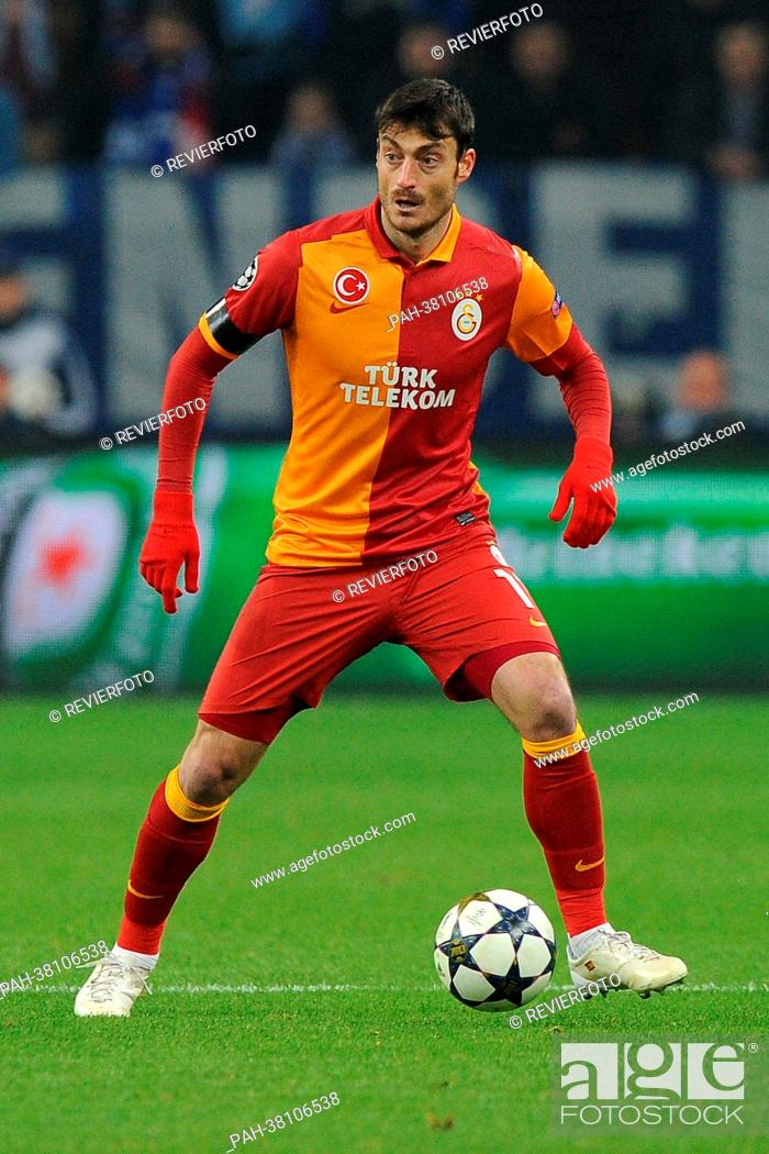 Istanbuls Albert Riera Plays The Ball During The Uefa
