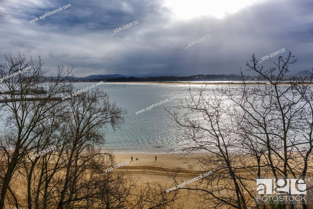 Stock Photo: Los Peligros beach, Santander coast and Cantabrian Sea. Cantabria, Spain. Europe.