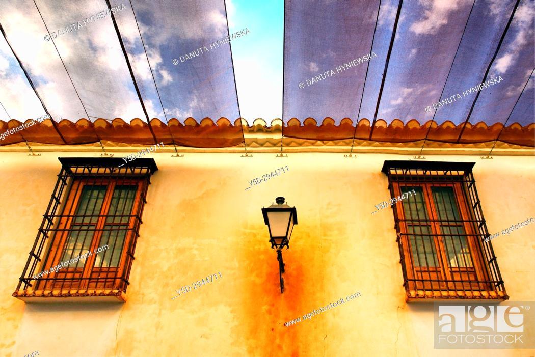 Imagen: sunshades over street, Villanueva de los Infantes, Ruta de Don Quijote, Ciudad Real, Castile-La Mancha, Spain, Europe.