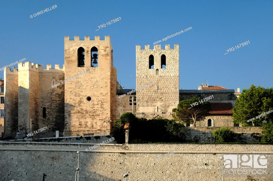 Imagen: Fortified Medieval Church of Saint Victor Marseille or Marseilles Bouches-du-Rhône Provence France.