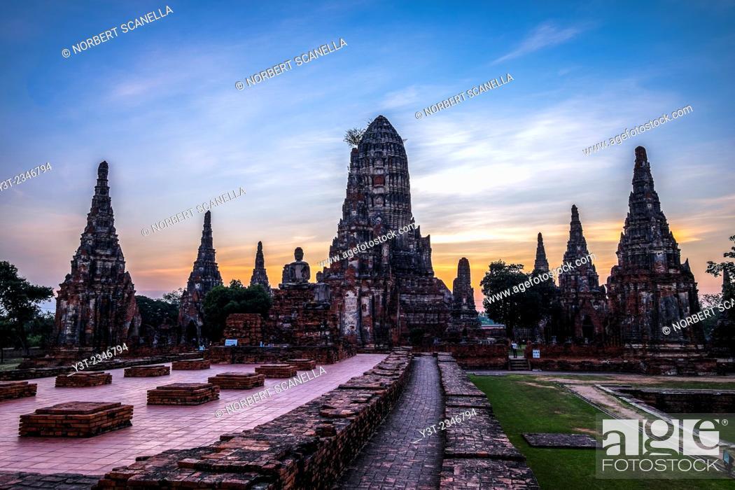 Stock Photo: Asia. Thailand, Phra Nakhon Si Ayutthaya, old capital of Siam. Ayutthaya archaeological Park, classified UNESCO World Heritage.