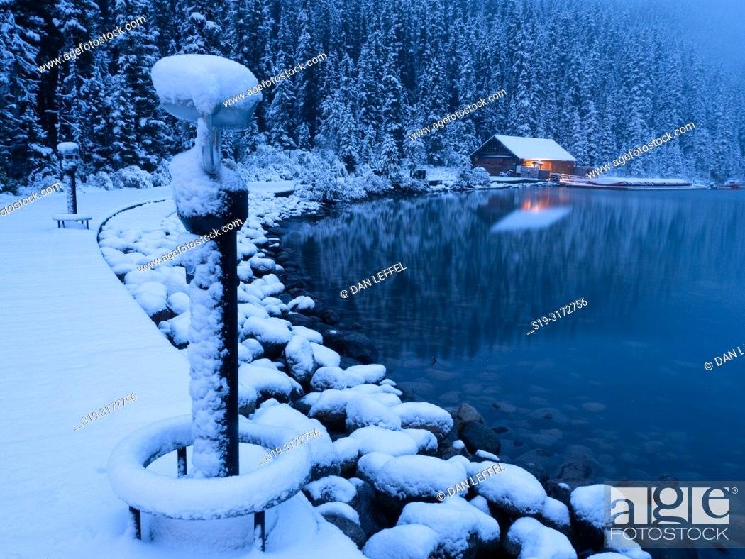 Imagen: Canadian Rockies. Lake Louise. Winter.