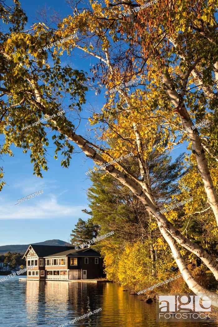 Stock Photo: USA, New York, Adirondack Mountains, Lake Placid, Lake Placid Club Boathouse, restaurant on Mirror Lake, autumn.