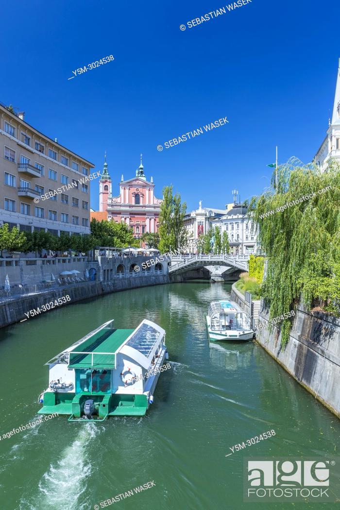 Stock Photo: River Ljubljanica, Ljubljana, Slovenia, Europe.
