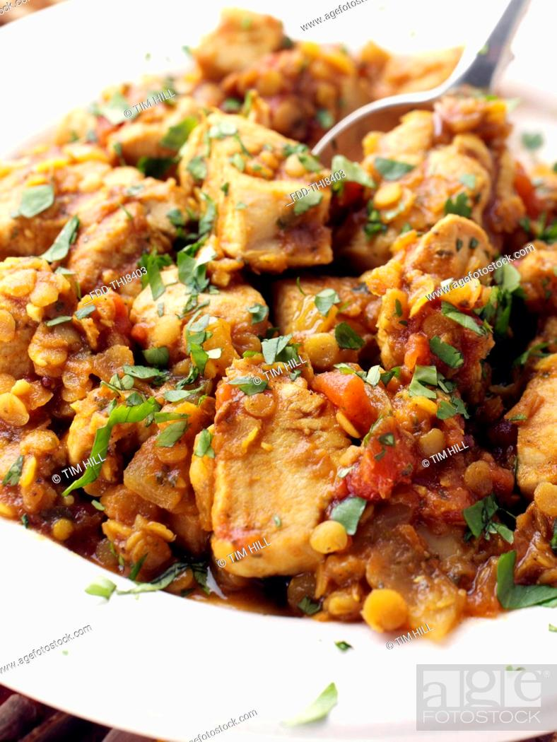Imagen: Chicken dhansak with lentils.