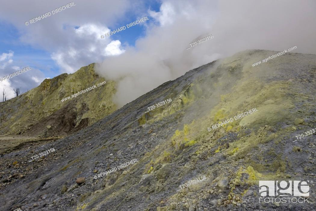 Imagen: Garbuna Volcano, Kimbe Bay, New Britain, Papua New Guinea.