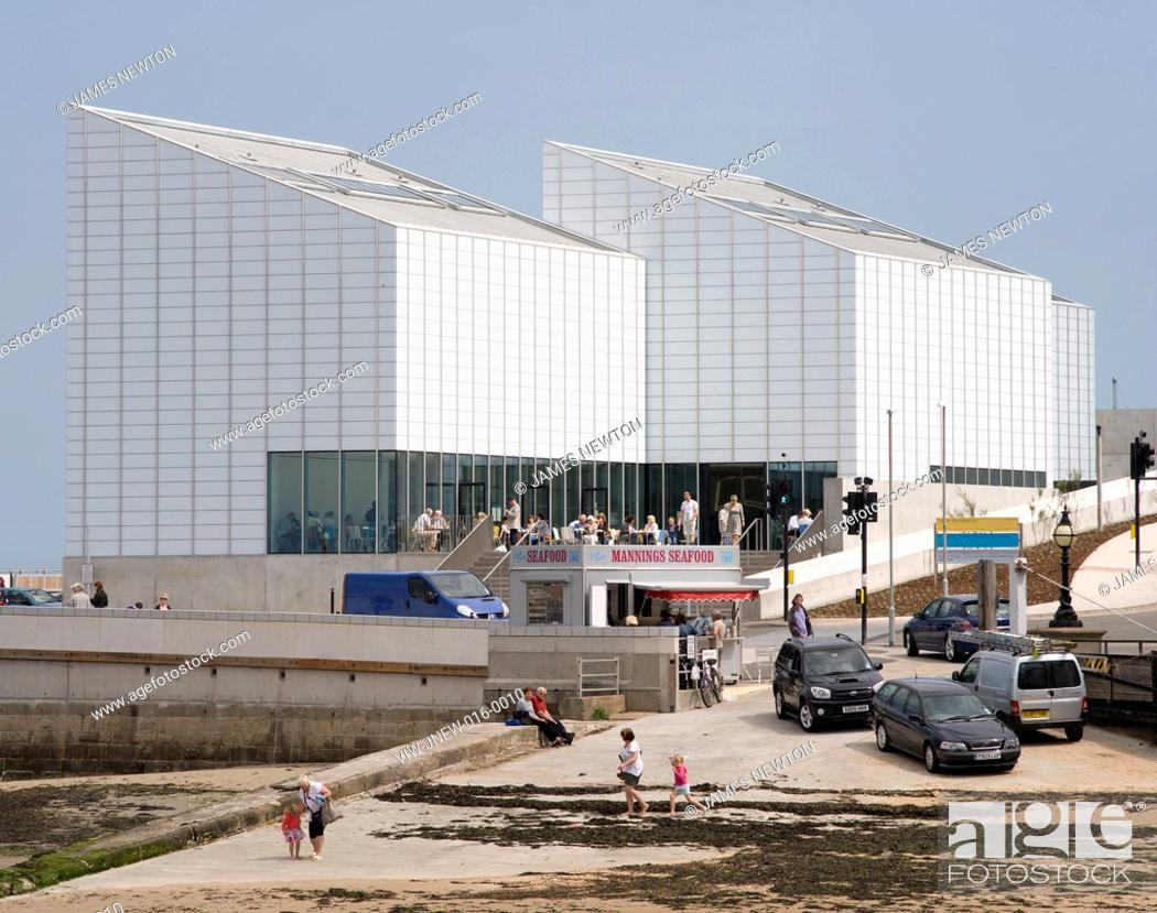 Stock Photo: Turner Contemporary Art Gallery, David Chipperfield Architects, Margate, UK, 2011, View sea wall and slipway, DAVID CHIPPERFIELD ARCHITECTS, UNITED KINGDOM.