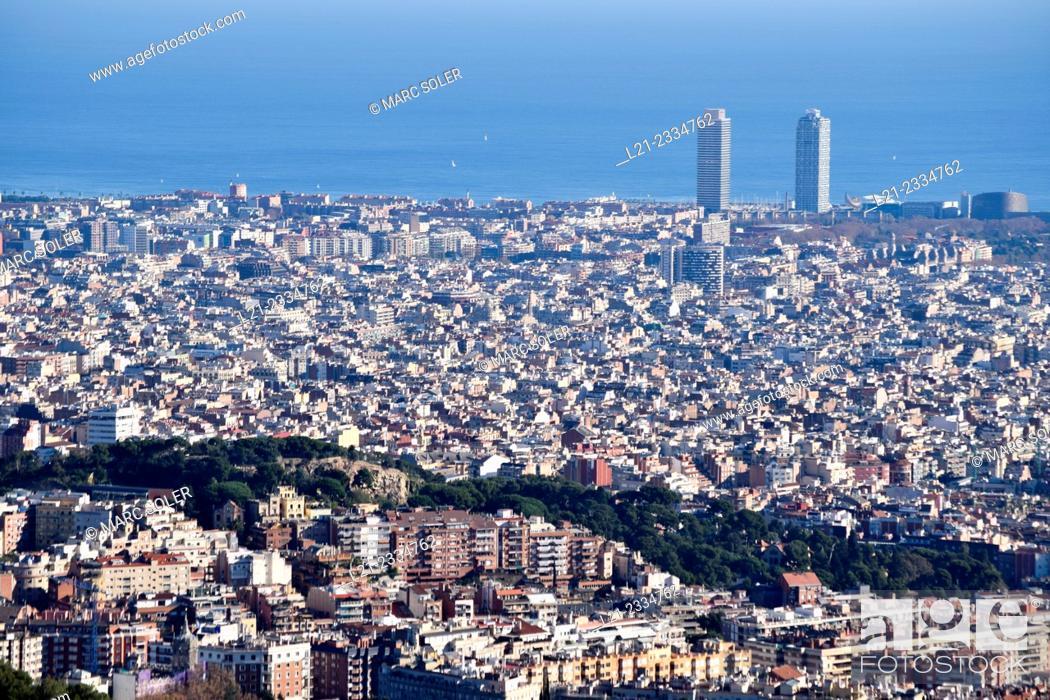 Stock Photo: Cityscape. Barcelona, Catalonia, Spain.