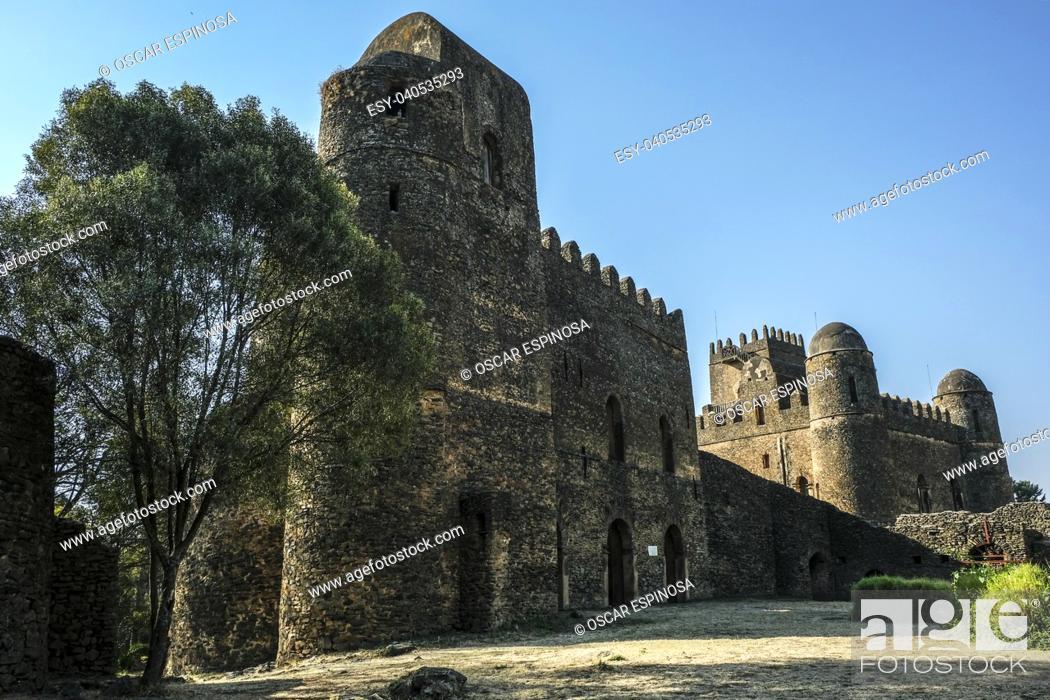 Imagen: Fasil Ghebbi, UNESCO World Heritage Site in Gondar, Ethiopia.