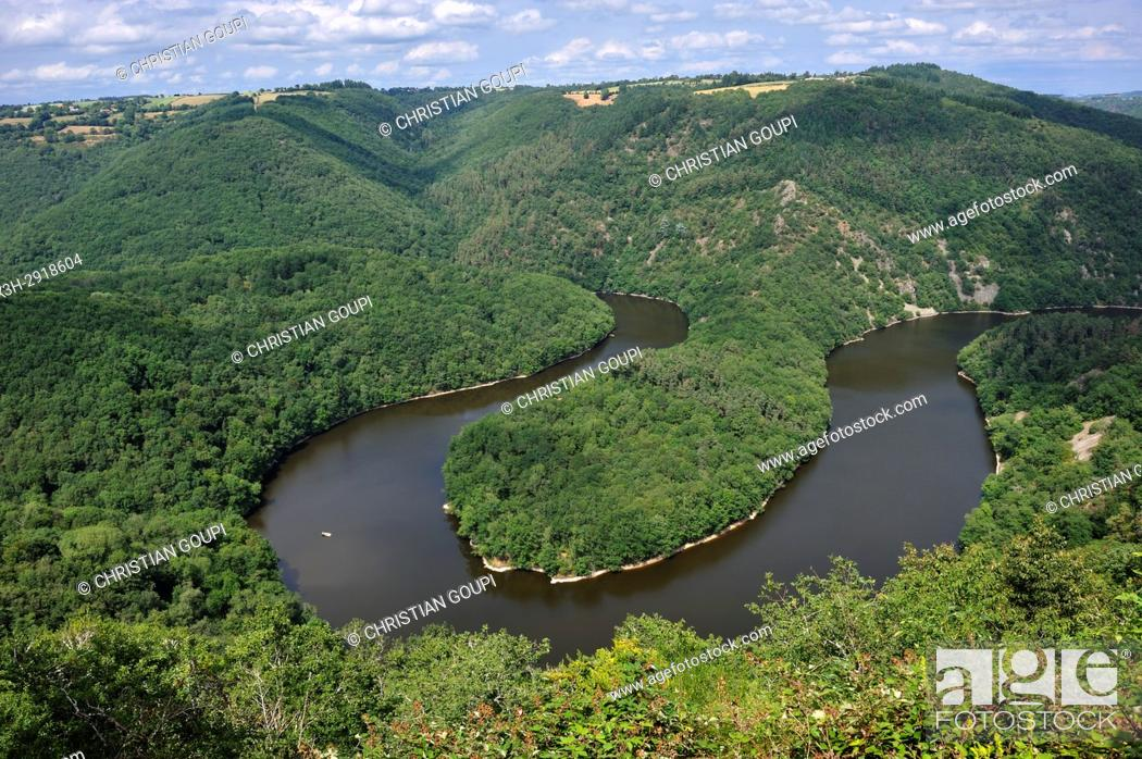Stock Photo: Queuille's meander (Meandre de Queuille) of the Sioule River, Puy-de-Dome department, Auvergne-Rhone-Alpes region, France, Europe.