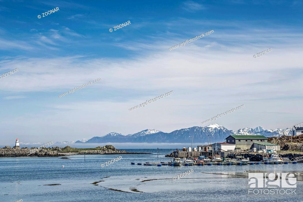 Stock Photo: Northern tip of the island Gimsøy.