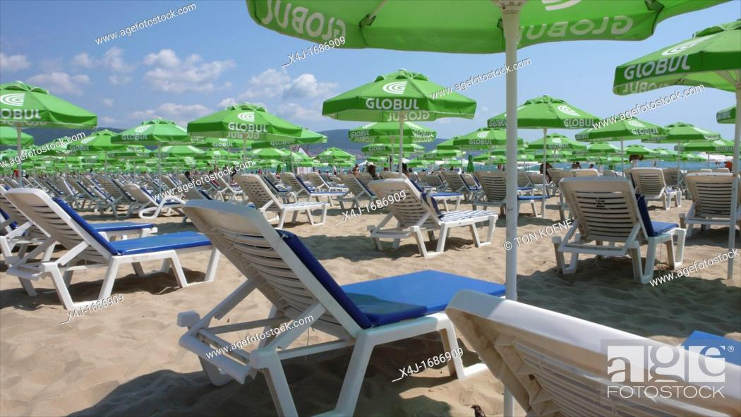 Stock Photo: Black sea, Bulgaria, is a popular tourist destination for Bulgarians, Russians and britisch people There is heath, sun, sea More and more hotels are being built.