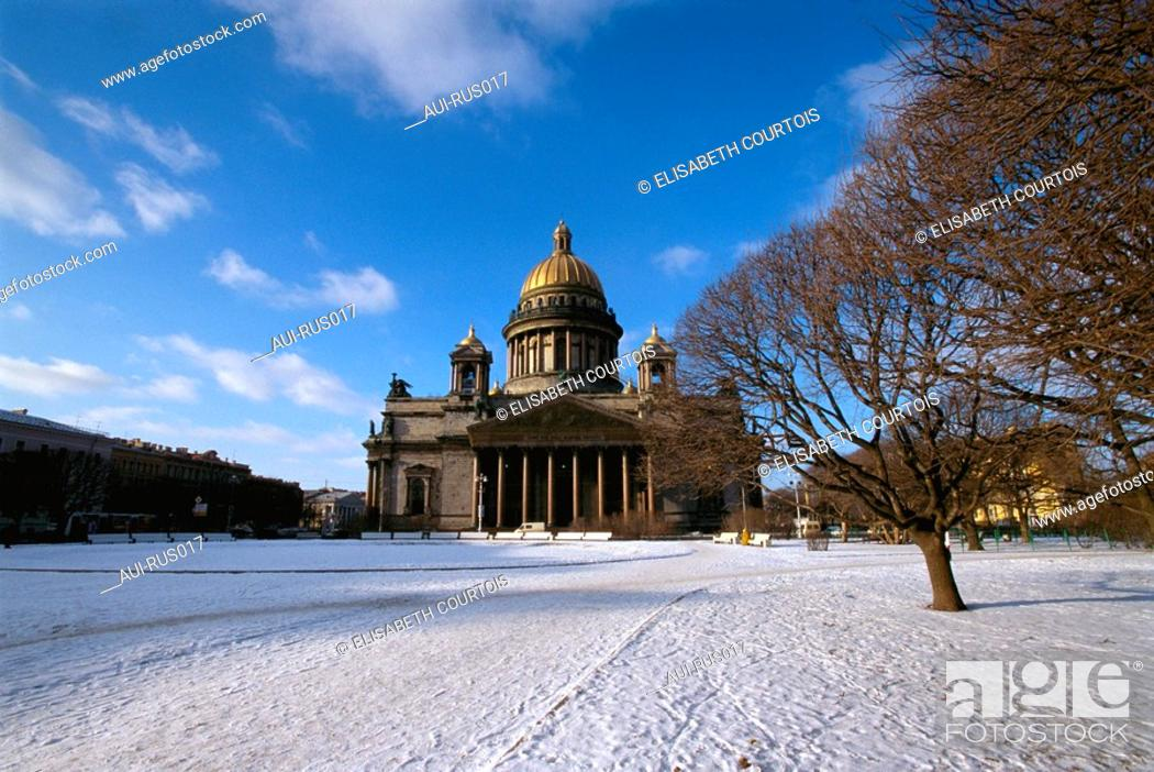 Stock Photo: Russia - St Petersburg - St Isaac.