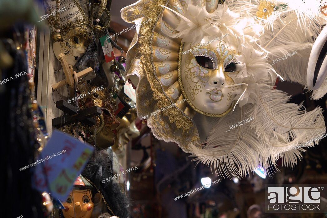Stock Photo: shop selling Carnevale masks and miscellanea, Venice, Italy.