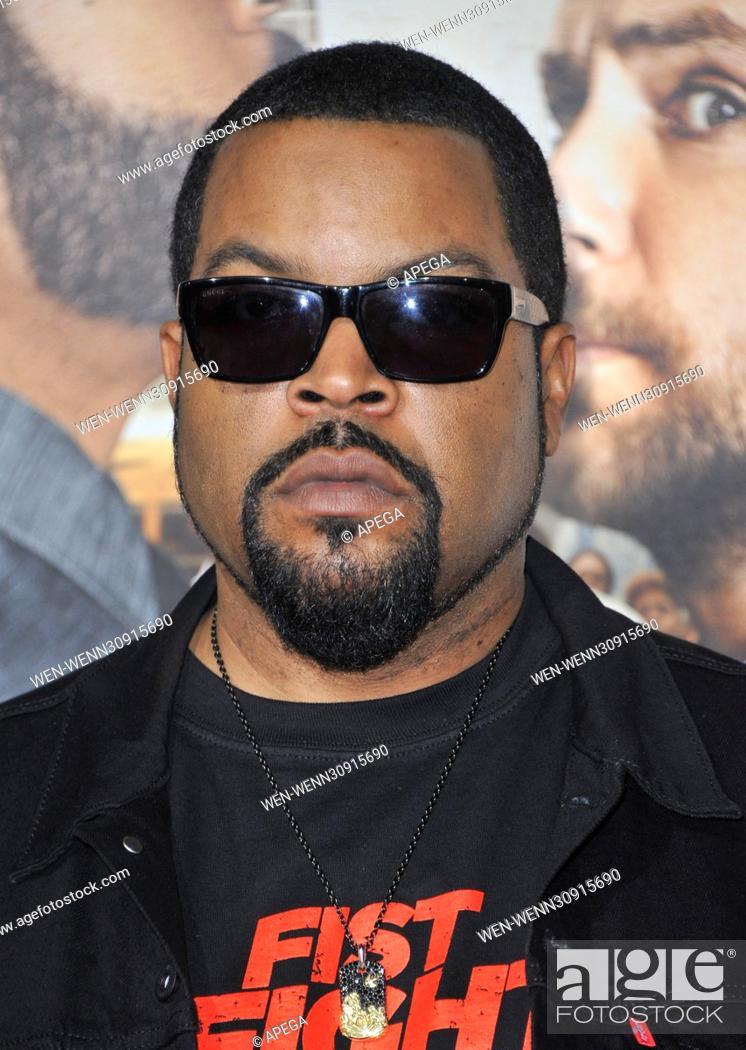 Film Premiere Fist Fight Featuring Ice Cube Where Los