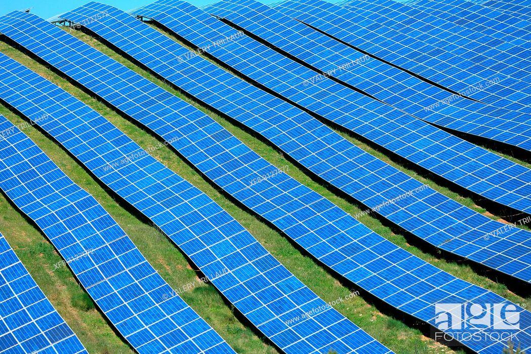 Stock Photo: panneaux photovoltaiques, Alpes de Haute Provence, 04, PACA, .