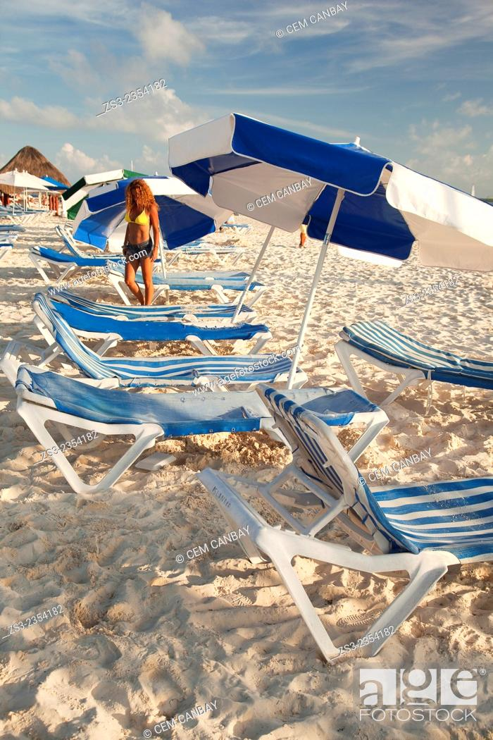 Stock Photo: Woman posing at the beach of Isla Mujeres, Cancun, Quintana Roo, Yucatan Province, Mexico, Central America.