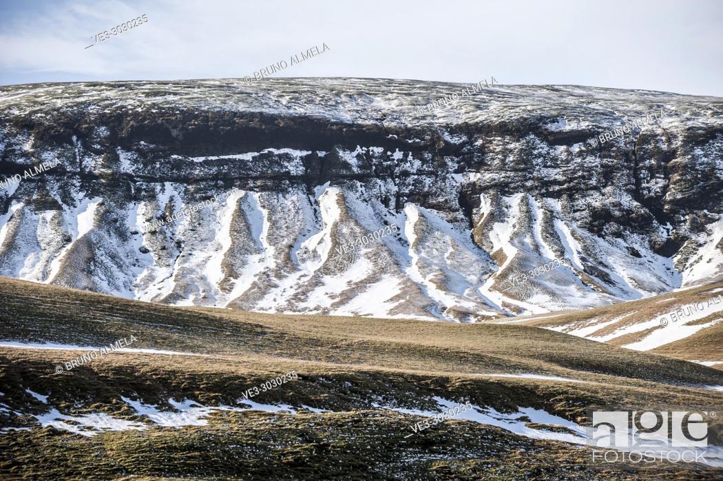 Stock Photo: Beautiful slope in Fjaðrárgljúfur (region of Suðurland, Iceland).