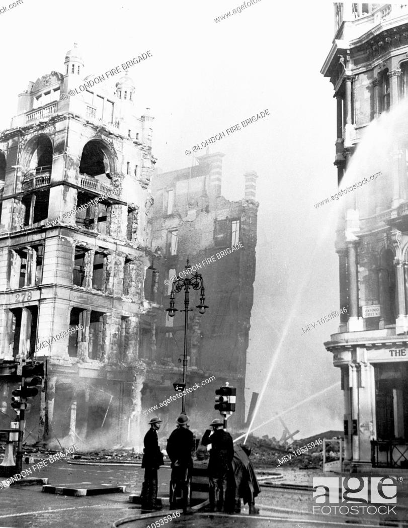 september 1940 blitz on london fires being battled by the london