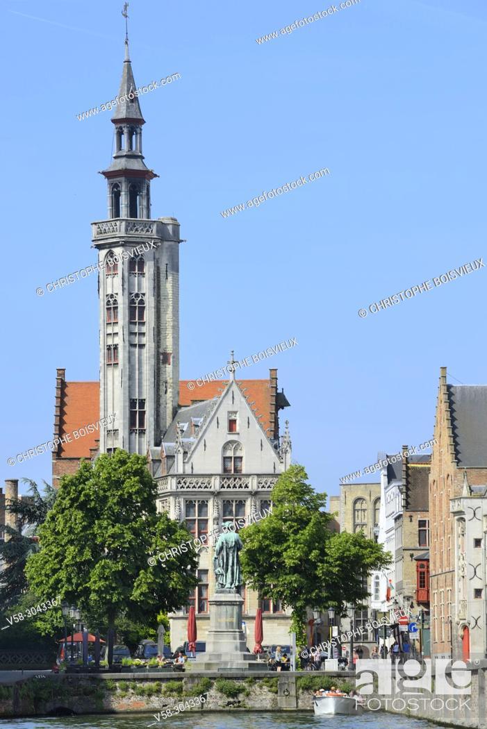 Imagen: Belgium, Bruges, World Heritage Site, Jan Van Eyck square and former Hansa quarter.