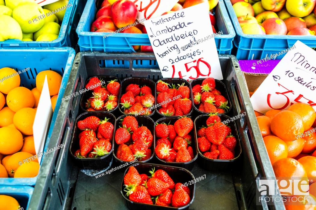 Stock Photo: Stampersgat - The Netherlands - Fruit and vegetable stall at the market.