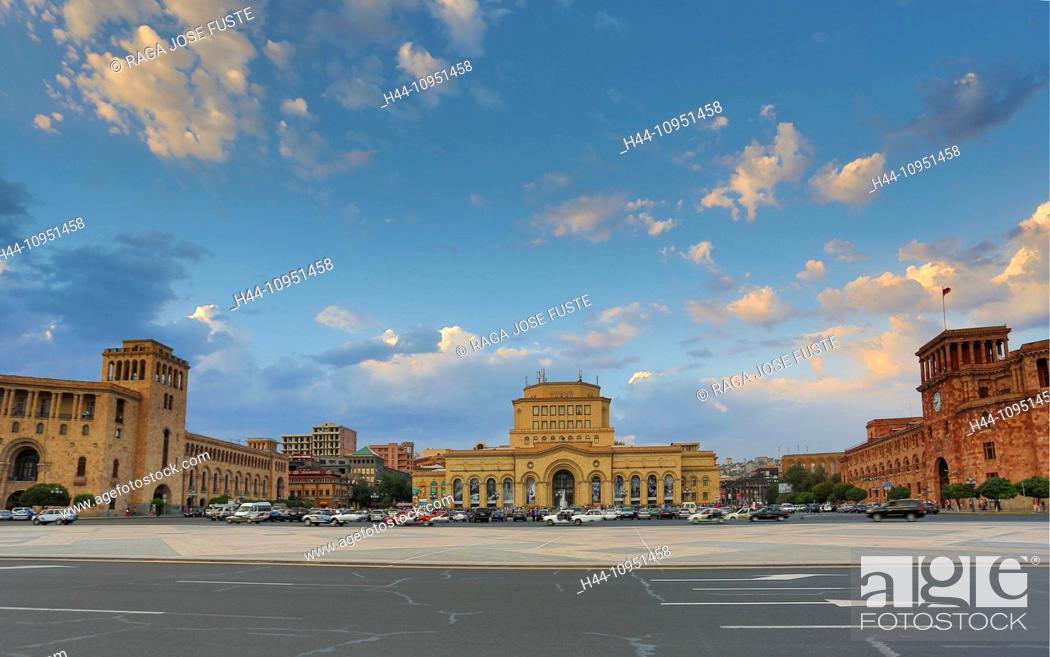 Stock Photo: Armenia, South Caucasus, Caucasus, Eurasia, building, History, Gallery, Republic, Yerevan, architecture, downtown, fountain, museum, national, panorama, square.