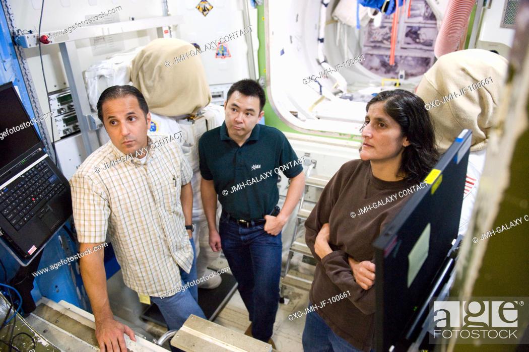 Stock Photo: NASA astronaut Sunita Williams, Expedition 32 flight engineer and Expedition 33 commander; NASA astronaut Joe Acaba (left).