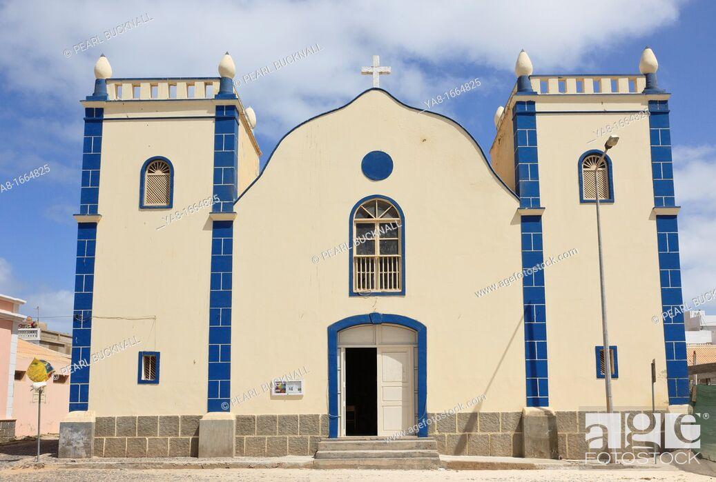 Stock Photo: Largo Santa Isobel, Sal Rei, Boa Vista, Cape Verde Islands, Africa  Catholic Church of St  Isobel.