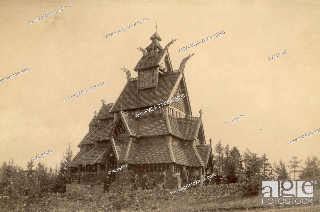 Imagen: Norwegian characteristic house in Oslo, shot 1890-1900.