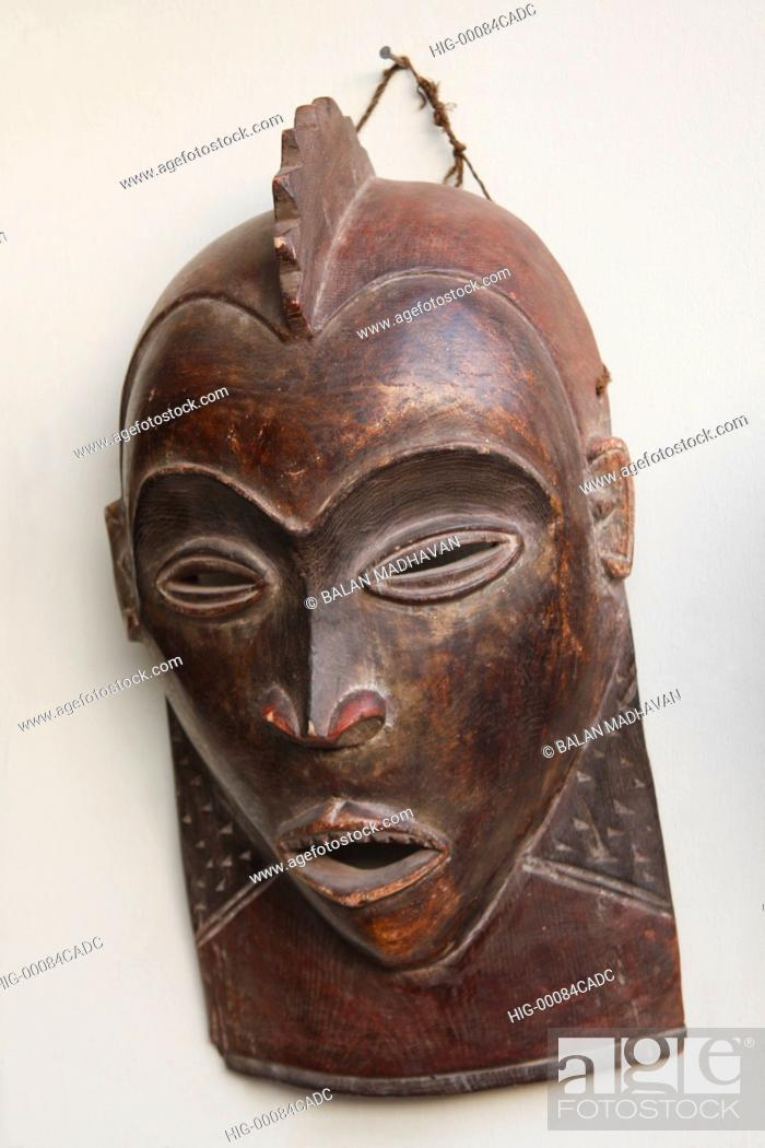 Stock Photo: AN AFRICAN TRIBAL MASK.