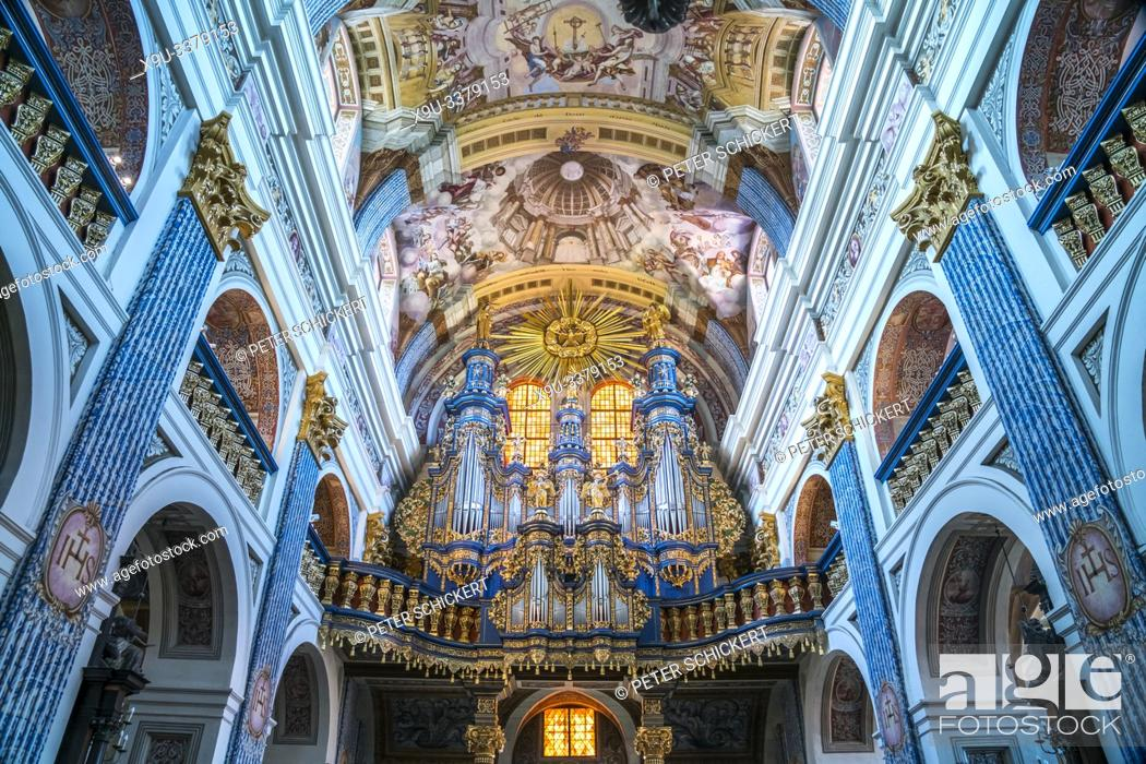 Stock Photo: Kirchenorgel der Wallfahrtskirche Heilige Linde / Swieta Lipka, Ermland-Masuren, Polen, Europa | organ of the pilgrimage church Our Dear Lady of Swieta Lipka.