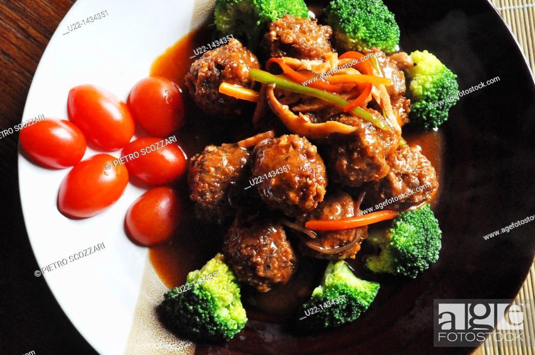 Stock Photo: Yangshou (China): gluten meatballs at Pure Lotus restaurant.