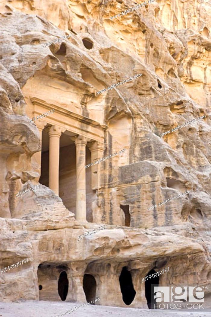 Stock Photo: Jordan, Beida or little Petra, Nabataean tomb.