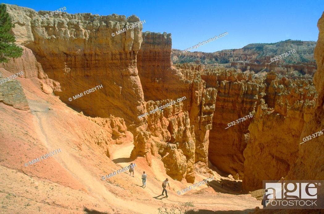 Imagen: hikers, Bryce Canyon, Utah.