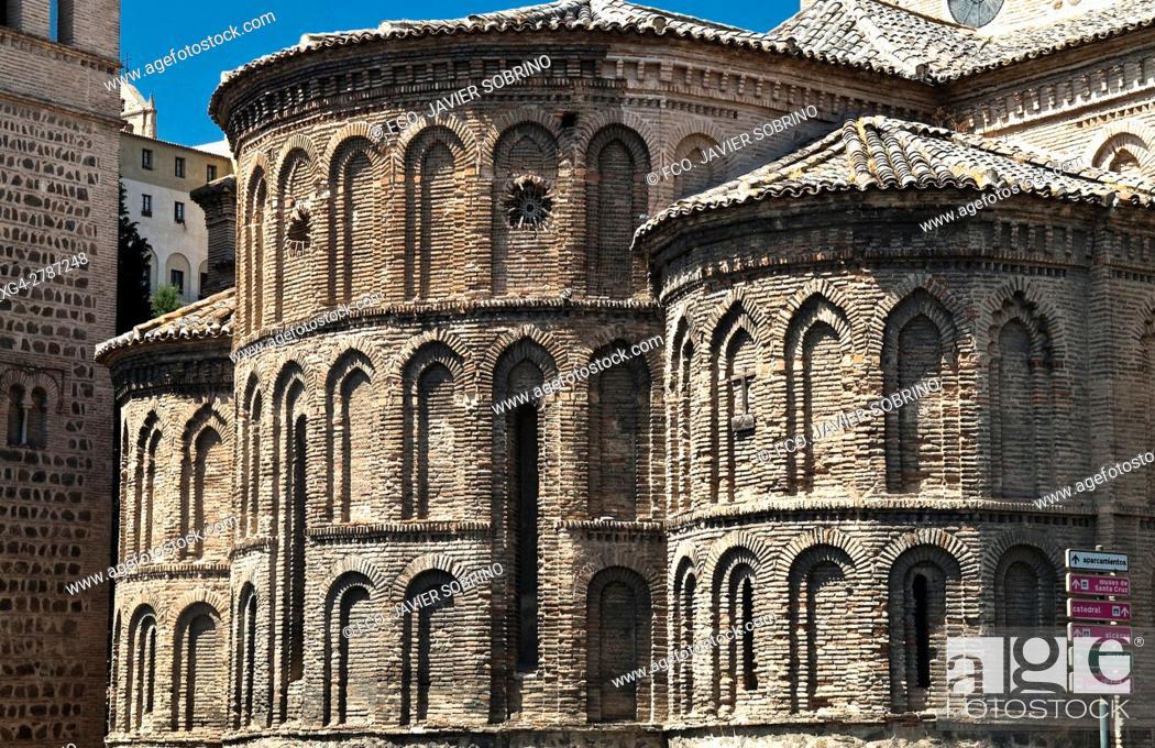 Stock Photo: Iglesia de Santiago del Arrabal, Toledo, Castile-La Mancha, Spain.