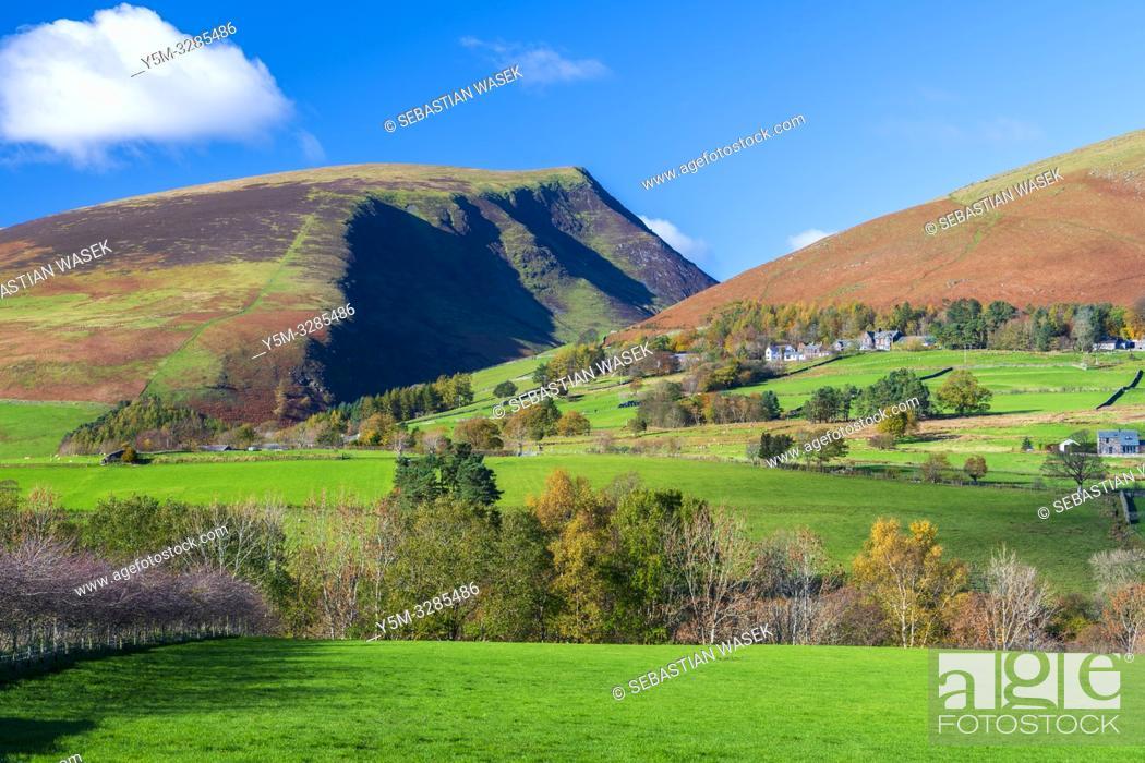 Imagen: Cumbrian landscape near Castlerigg Stone Circle, Lake District National Park, Keswick, Cumbria, England, UK, Europe.